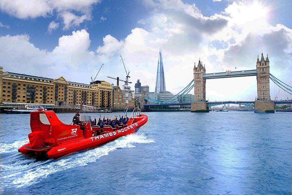 Bootstour in London mit dem Speedboot